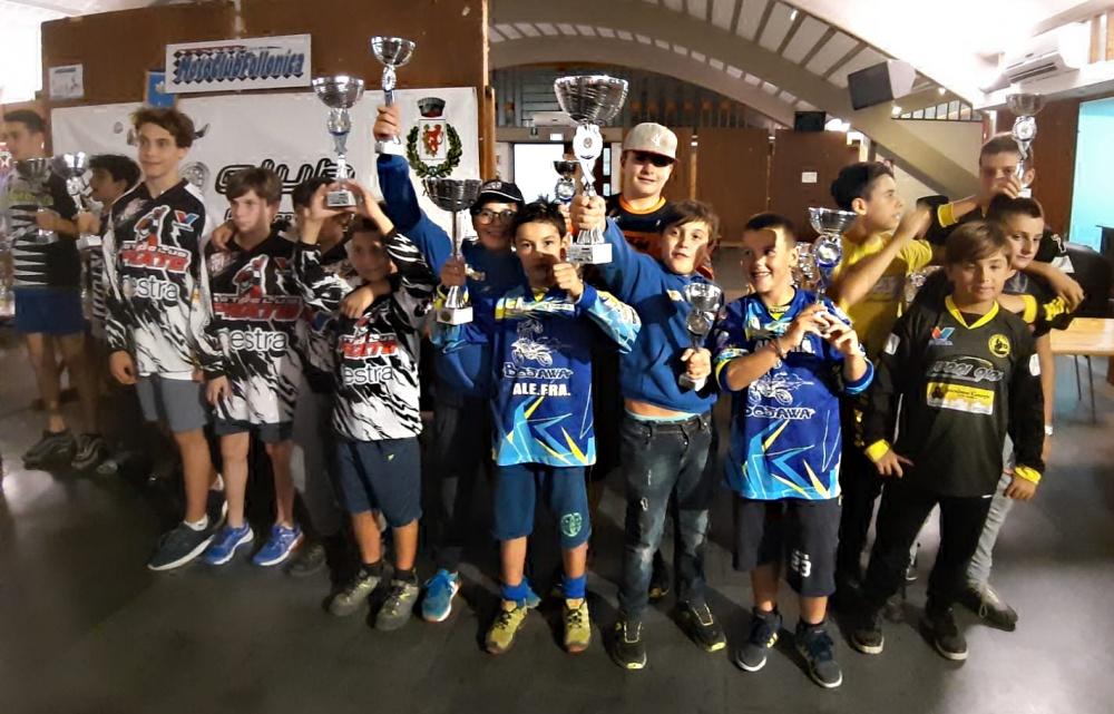 Podio classifica a Squadre al round del Campionato Toscano MiniEnduro a Pomarance
