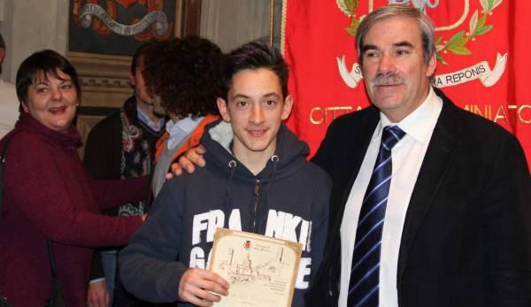 Manuel Iacopi con il sindaco di San Miniato Vittrorio Gabbanini